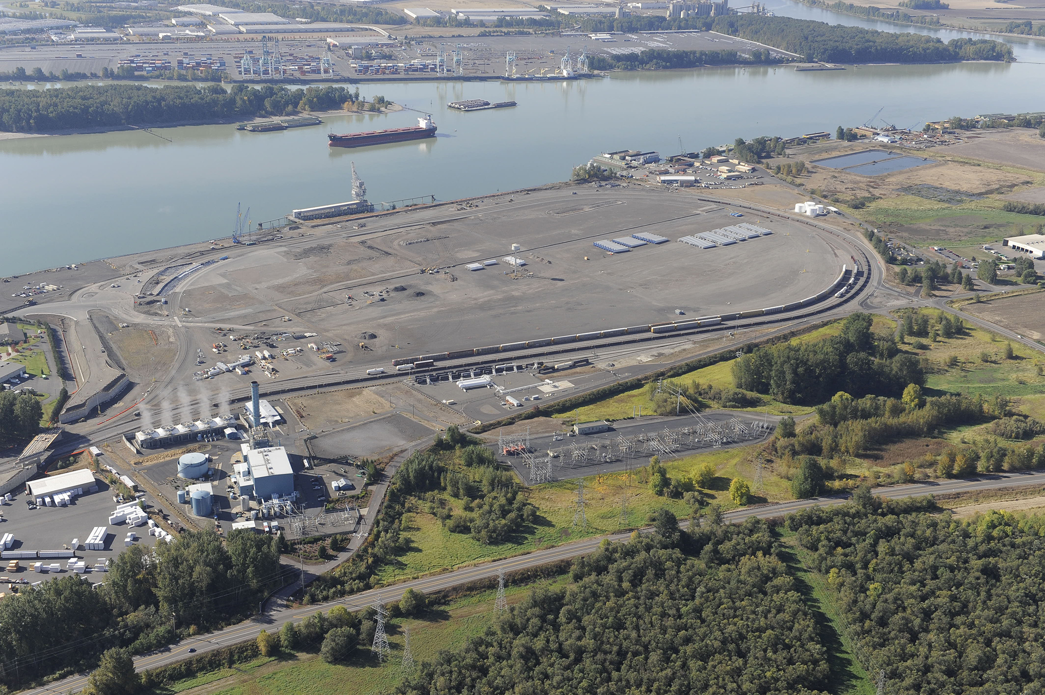 port of vancouver rail project brings long