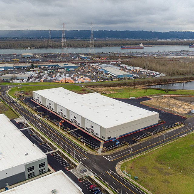 Hawthorne Hydroponics leases Port of Vancouver USA's new industrial building